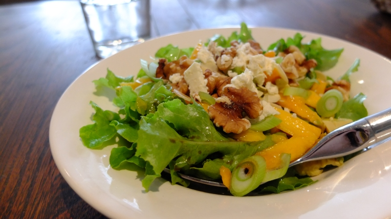 Mango and Walnut Salad
